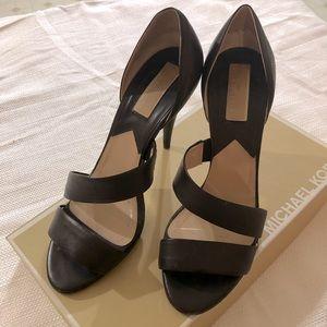 Michael Kors Coffee heels